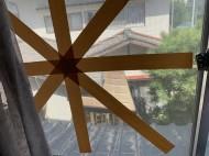 窓ガラステープ跡掃除前