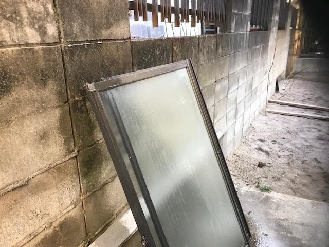 取り外した窓