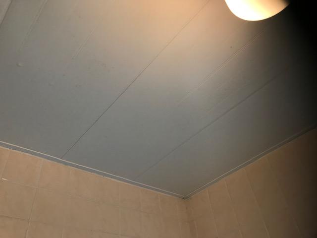 福岡市城南区別府お風呂の天井カビ汚れお掃除後