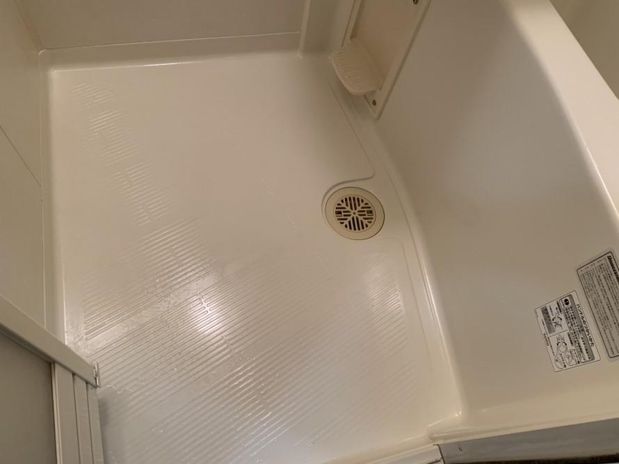 社宅の風呂床掃除後
